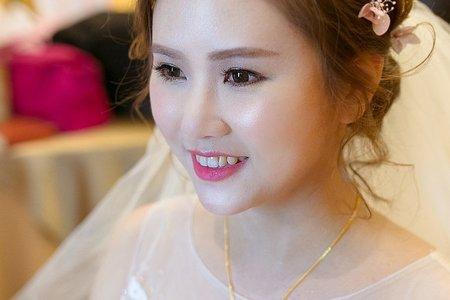 Bride 岱