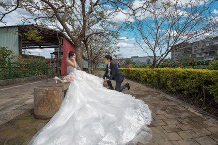 婚攝罐頭- 頤品大飯店紫芸廳婚禮紀錄│意恆+馨怡