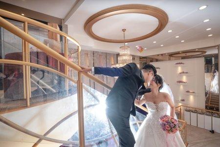 婚攝罐頭-上海鄉村新生宴會館婚禮記錄│家逸+知昊