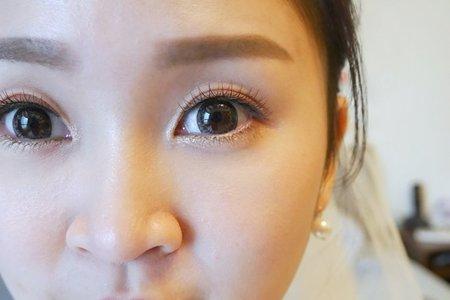 眼型調整、新娘彩妝(翁詩涵造型彩妝工作室)