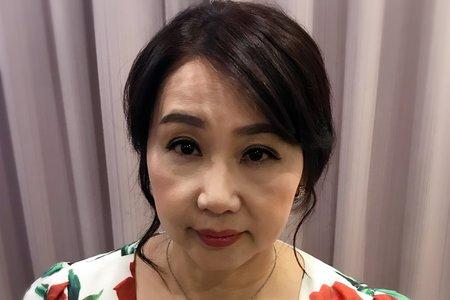 6/23羅媽媽妝髮造型服務