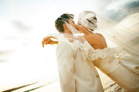 晶綻婚紗禮服 Amazing Wedding