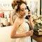 主題婚紗=白雪公主 以白雪公主為主題 利用乾燥花+鬆鬆的髮型和粉色系的妝感 打造出浪漫唯美的感覺(編號:514041)