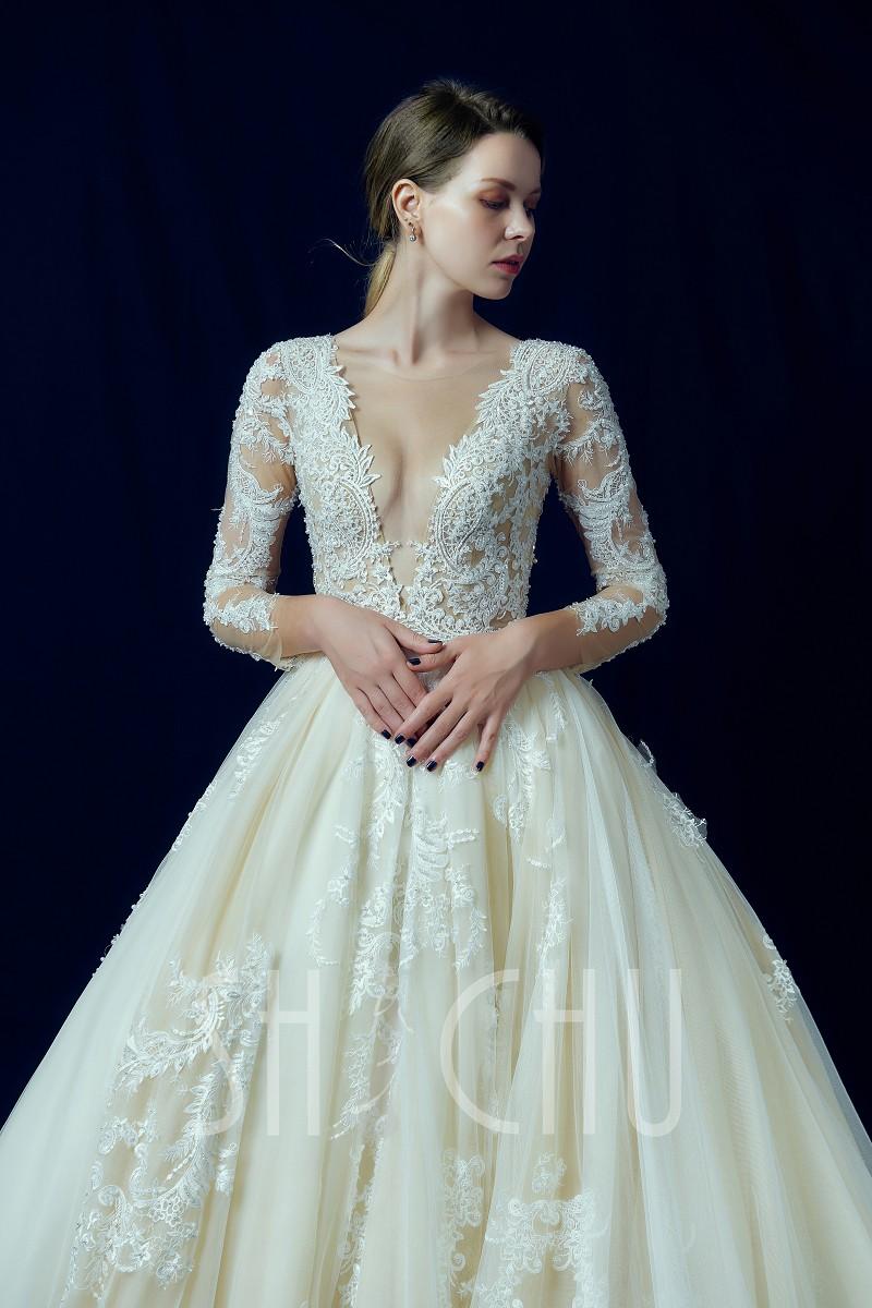 袖子設計也是今年婚紗流行重點之一