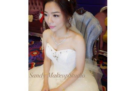 Sandy新娘秘書-中芬白紗造型