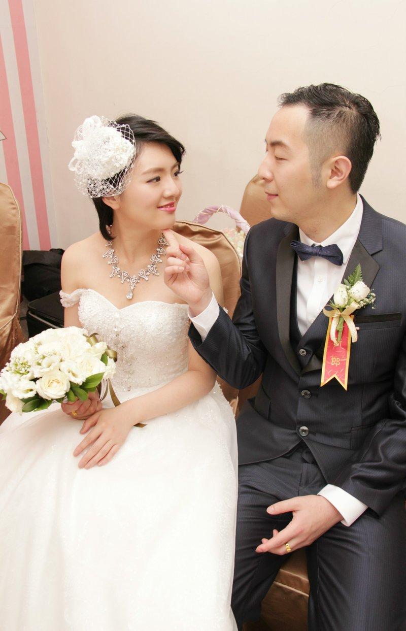 婚宴造型服務-新人白紗進場造型