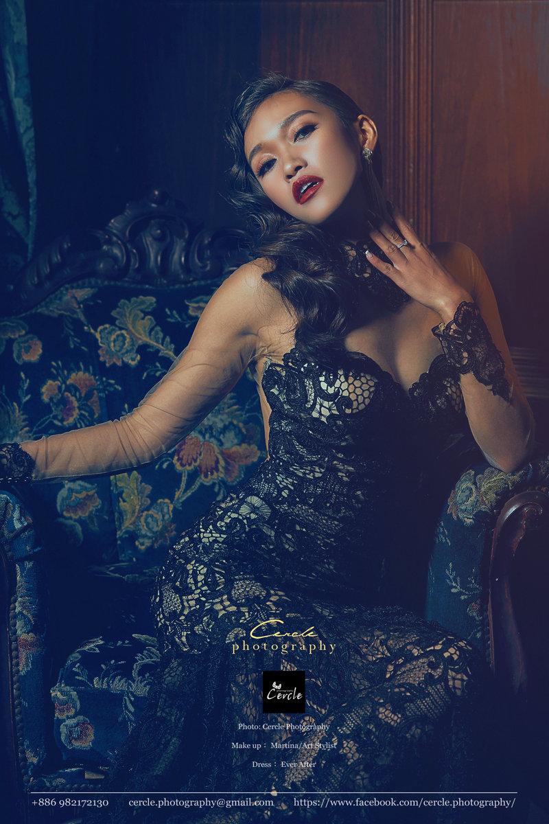 黑禮服、婚紗、妝髮、氣勢、捲髮