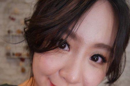 Monica子縜老師-小白 素人彩妝