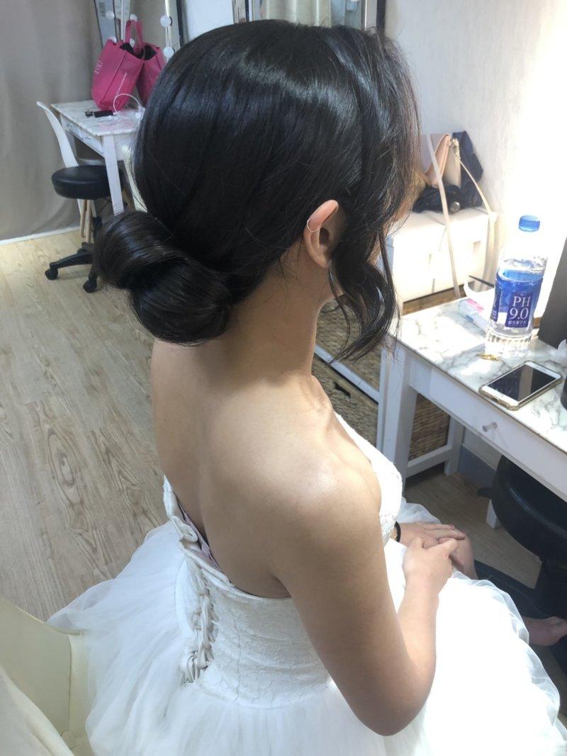 黑髮、新秘、妝髮、自然、公主風