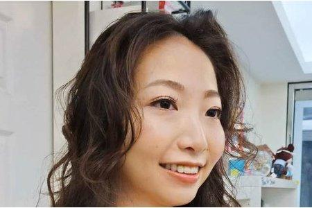 伴娘妝髮造型