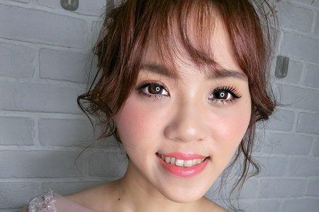 Tifa makeup stylist|甜美浪漫抽絲髮型,台中新秘