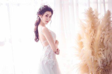 黑髮韓風新娘造型