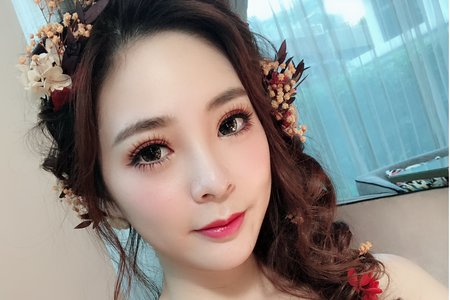 辛蒂彩妝造型~乾燥花夢幻編髮