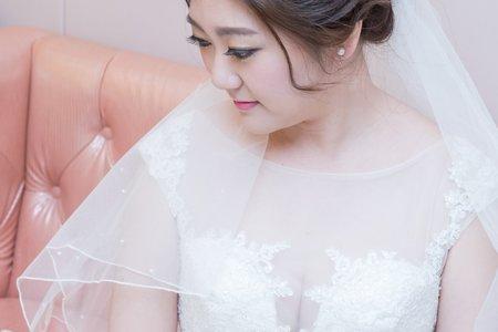 芷婷婚宴白紗造型