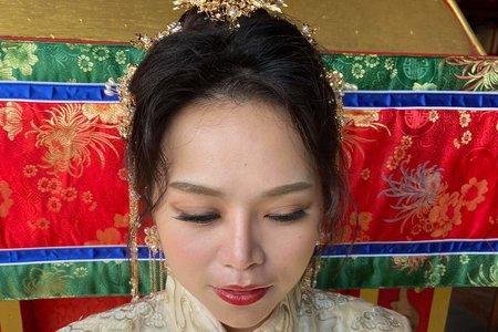 中式秀禾服造型