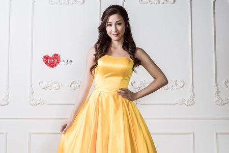 黃色拖尾禮服