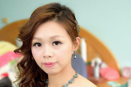 整齊乾淨 自然妝感 台中 彰化 新娘秘書
