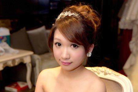 皇冠-華麗亮眼-高貴 台中新娘秘書