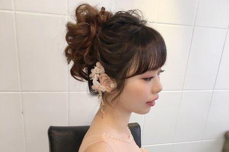 甜美耳掛盤髮造型/台北桃園新秘婷婷/宜蘭新秘