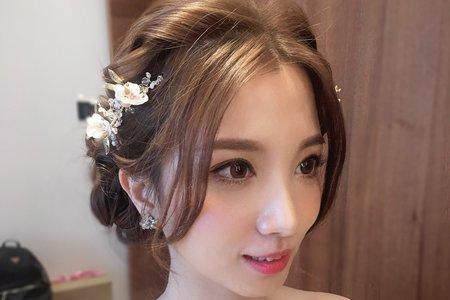 白紗皇冠造型/日系浪漫甜美低馬尾/公主頭造型/噴槍彩妝