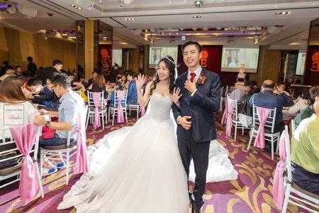 [婚攝] 彥偉 & 郁芬 頤品大飯店 | 迎娶午宴| 婚禮紀錄