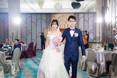 高雄婚攝 | 純宴客 也能拍照豐富的畫面  打造兩人的夢想婚禮|  漢來大飯店巨蛋會館