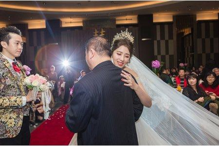 新竹婚禮攝影 |壯麗飯店場景中見證愛情| 迎娶午宴 國賓大飯店
