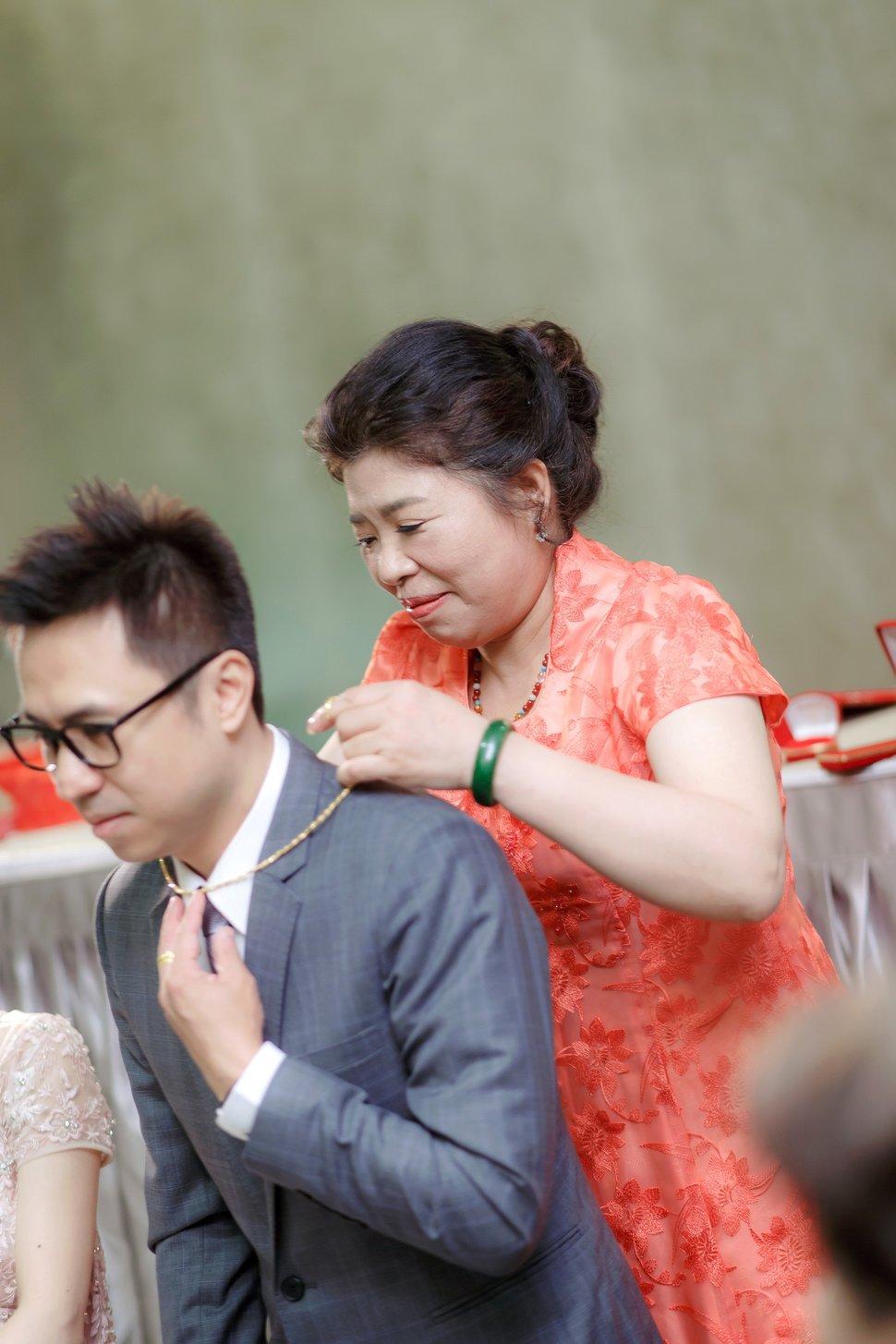 0348 - 小夫妻婚攝《結婚吧》