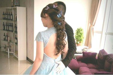 短髮女孩變長髮公主(無痕接髮)