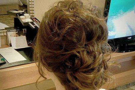 短髮新娘 空氣感包頭