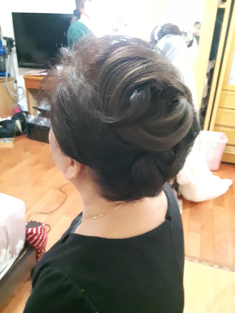 媽媽的改造後髮型