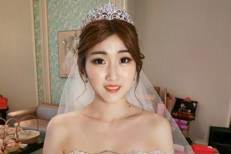 Teresa 新娘祕書 ~ 噴槍底妝 2019 現場婚禮造型