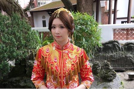 中式秀合服