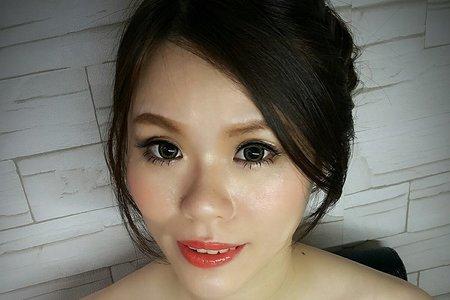 小雯 bride