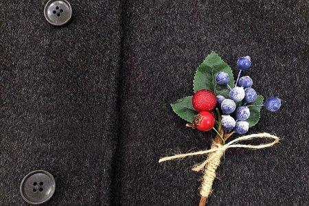 預購 韓系藍莓小紅果實胸花 手腕花 手環 新娘 伴娘 最低訂購量為4各  (可混賣場中手腕花 胸花)