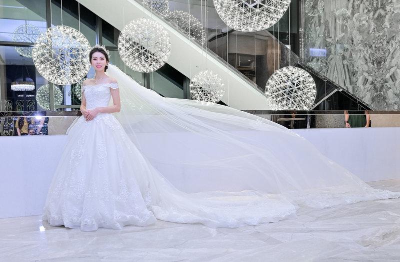 皇朝鼎宴類婚紗