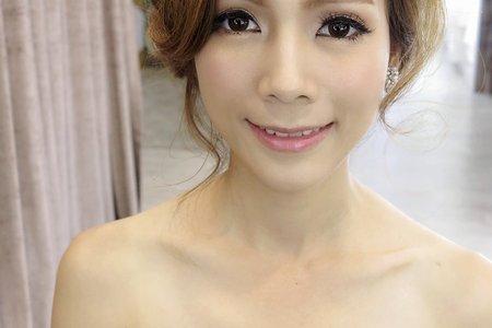 妮可-婚紗造型側拍