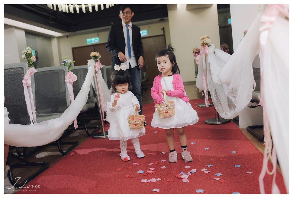 《台北婚攝》淚光中的幸福模樣 _ 民權16香榭玫瑰園 (7) - J-Love 婚禮攝影團隊《結婚吧》