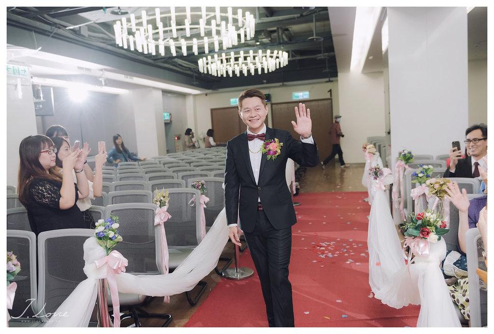 《台北婚攝》淚光中的幸福模樣 _ 民權16香榭玫瑰園 (9) - J-Love 婚禮攝影團隊《結婚吧》