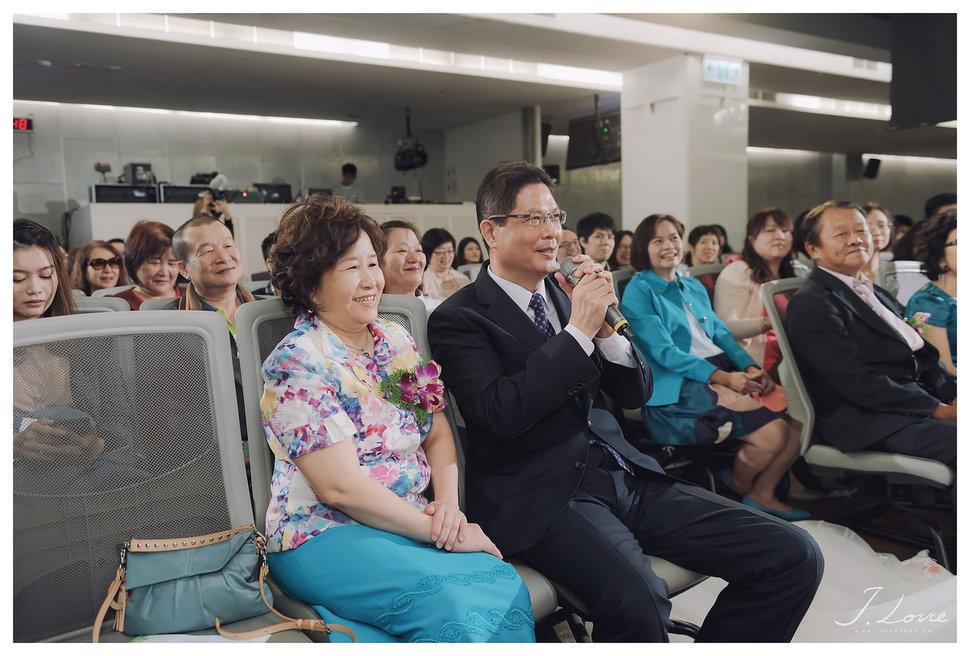 《台北婚攝》淚光中的幸福模樣 _ 民權16香榭玫瑰園 (17) - J-Love 婚禮攝影團隊《結婚吧》