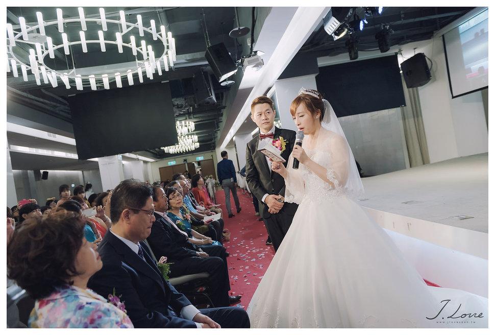 《台北婚攝》淚光中的幸福模樣 _ 民權16香榭玫瑰園 (25) - J-Love 婚禮攝影團隊《結婚吧》