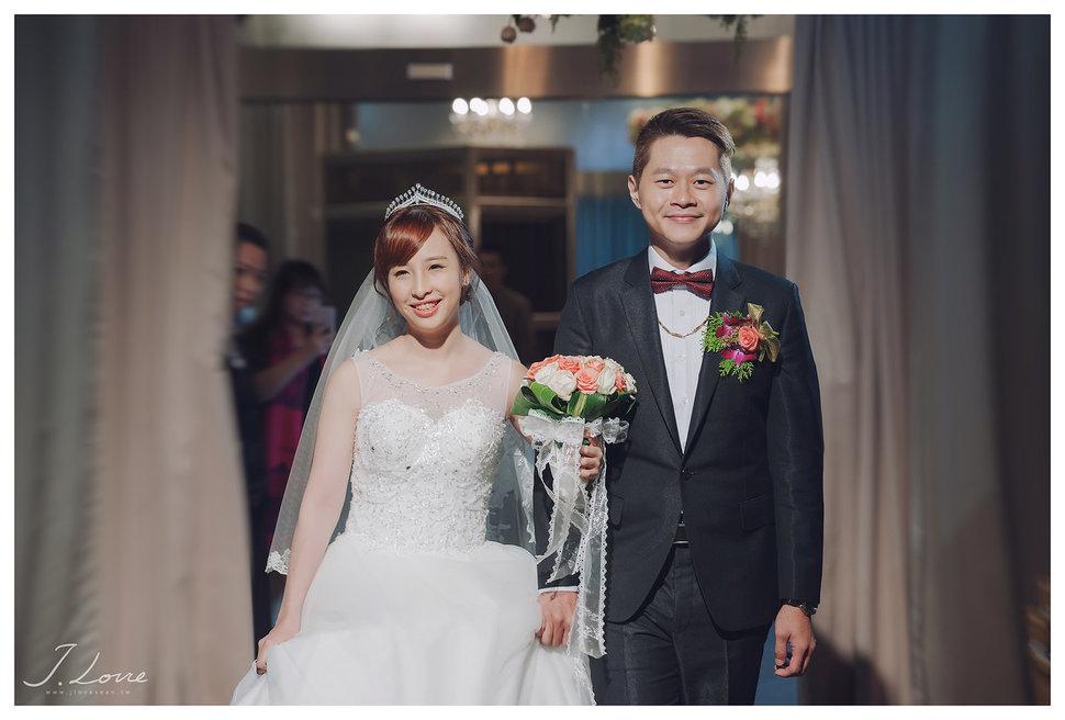 《台北婚攝》淚光中的幸福模樣 _ 民權16香榭玫瑰園 (43) - J-Love 婚禮攝影團隊《結婚吧》