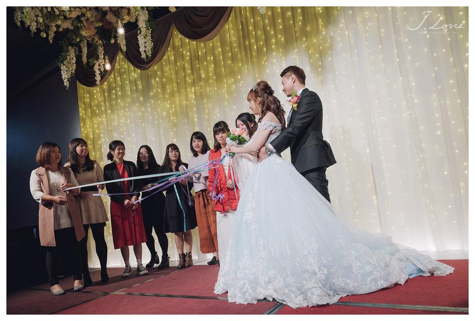 《台北婚攝》淚光中的幸福模樣 _ 民權16香榭玫瑰園 (54) - J-Love 婚禮攝影團隊《結婚吧》