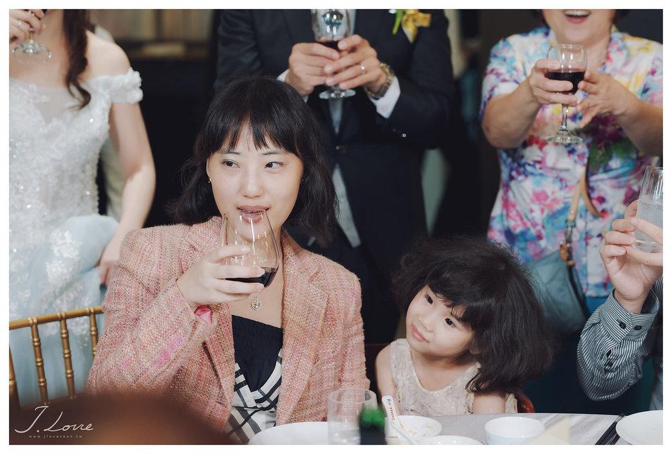 《台北婚攝》淚光中的幸福模樣 _ 民權16香榭玫瑰園 (60) - J-Love 婚禮攝影團隊《結婚吧》