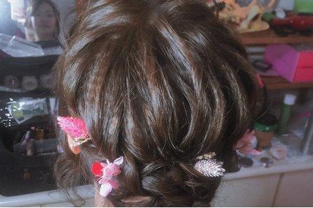 日系細緻編髮訂婚造型楊梅福記
