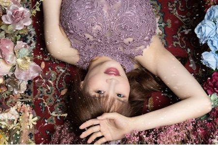 姍的孕婦棚拍內壢攝影棚拍攝歐美自然妝感