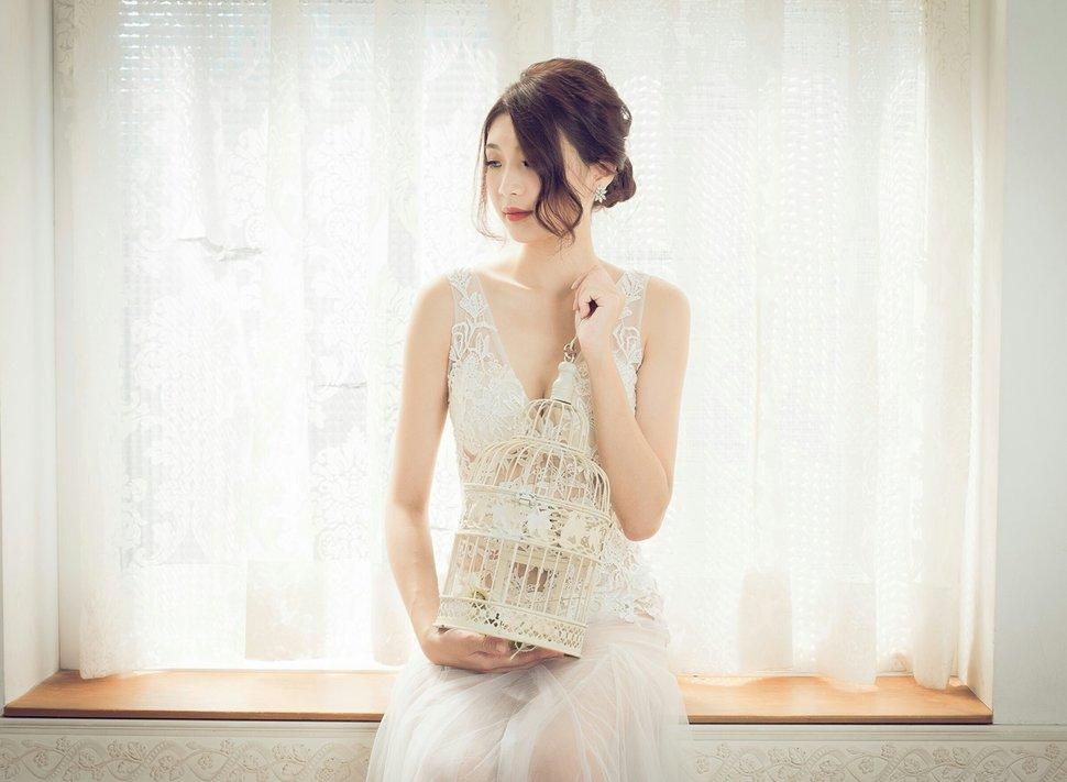 裸紗造型 - 甄馨噴槍彩妝整體造型學苑《結婚吧》