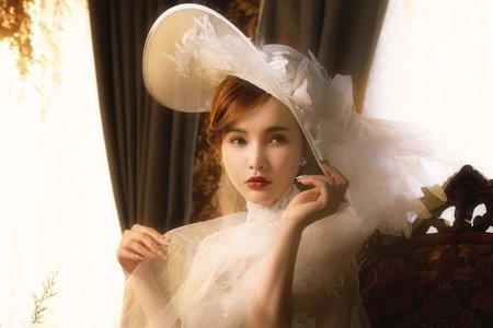 2020年時尚復古婚紗造型