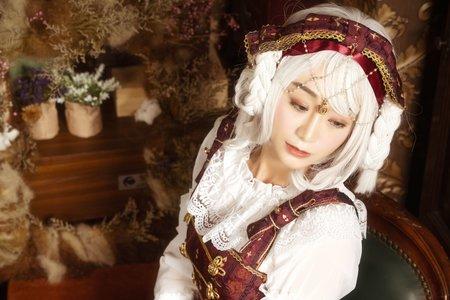 lolita蘿莉塔妝髮可以做個COSPLAY不一定要很動漫 也可以很唯美 角色扮演大推薦