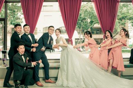 韓國乾淨的妝感很適合新娘 寶麗金飯店好美